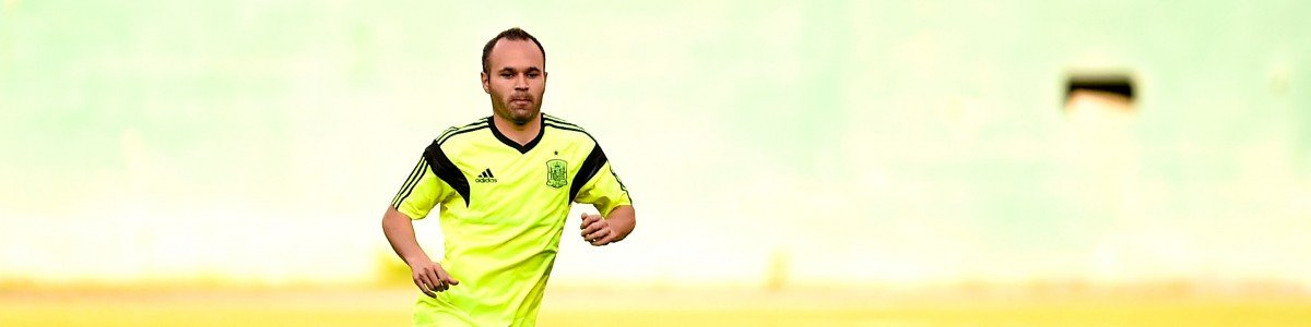 WASHINGTON, DC - JUNE 03:  Andres Iniesta of Spain controls the ball during a training session of the Spain National Team at the Robert F. Kennedy Stadium on June 3, 2014 in Washington, DC.  (Photo by David Ramos/Getty Images)