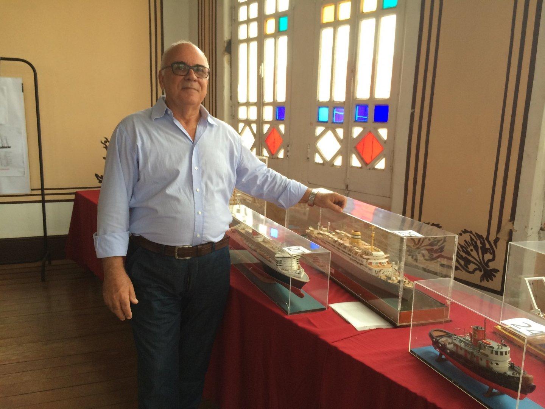 Abel Travassos deixou Sarzedo, Arganil, aos 8 anos e veio para Salvador. Viajou no Paquete Vera Cruz