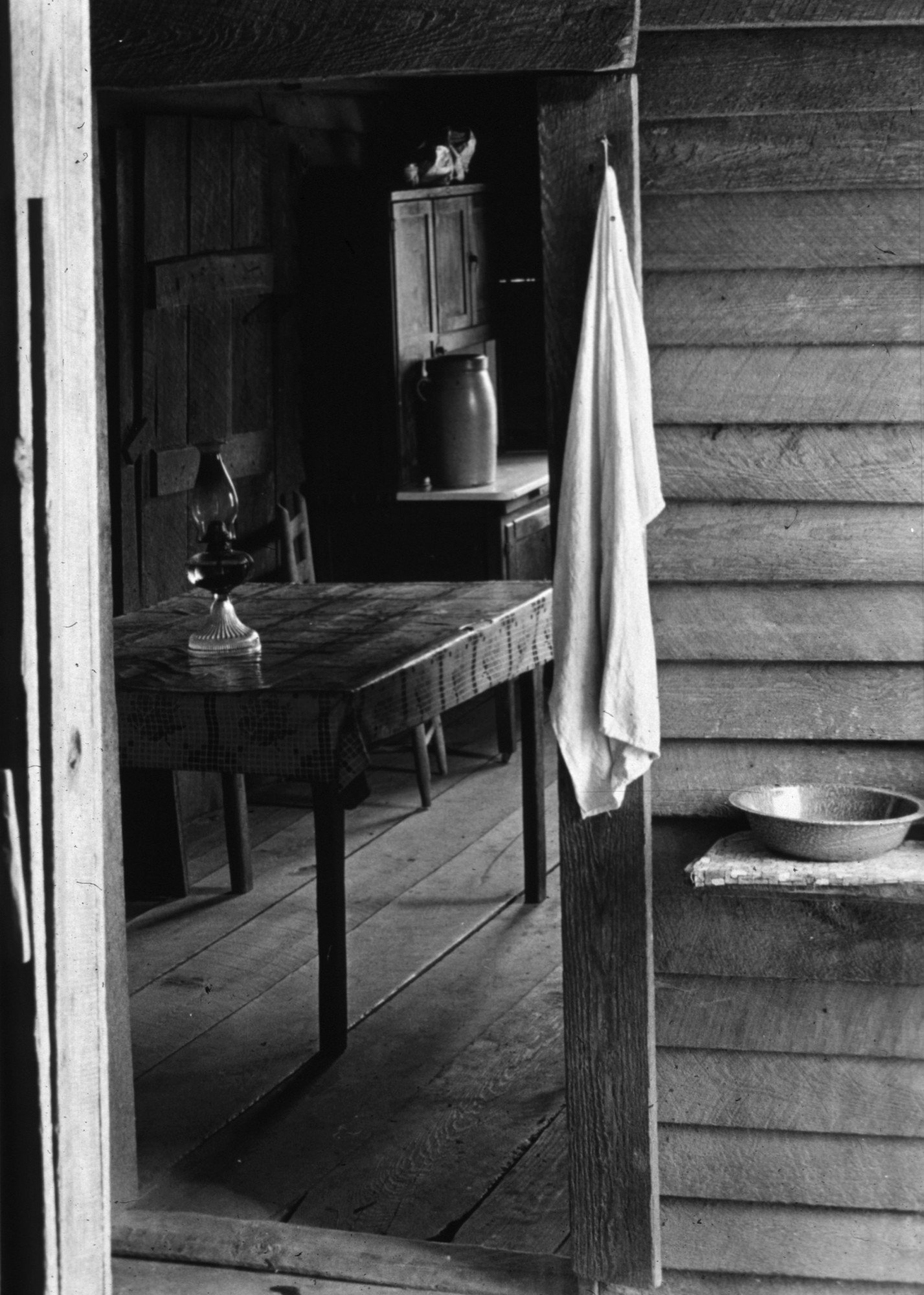 A sharecropper's cabin in Hale County, Alabama.   (Photo by Walker Evans/Getty Images)