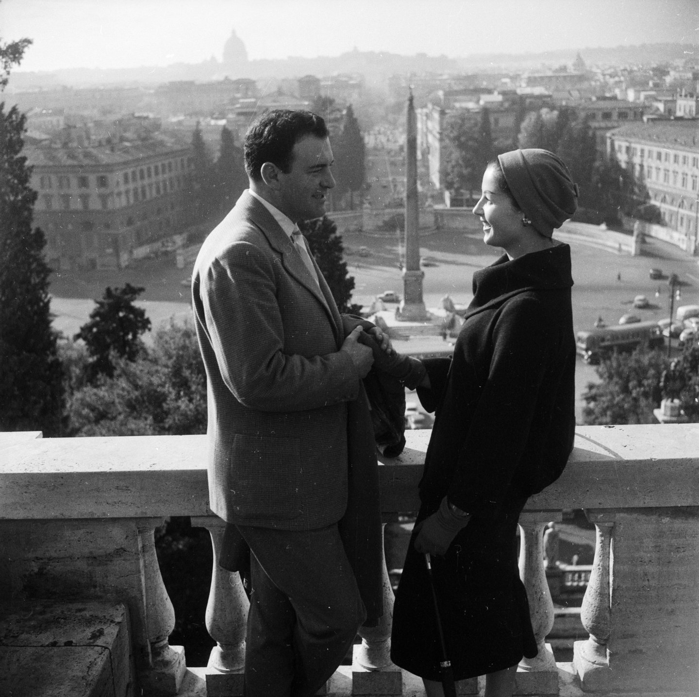 November 1956:  Two lonely hearts meet in Rome. They both frequent the Cafe Canova where the manager Omero Benfanati works in cooperation with a marriage agency. He places tiny photographs of young men and women anxious to find a life's partner in boxes of chocolates sold at the cafe.  (Photo by Enzo Graffeo/BIPs/Getty Images)