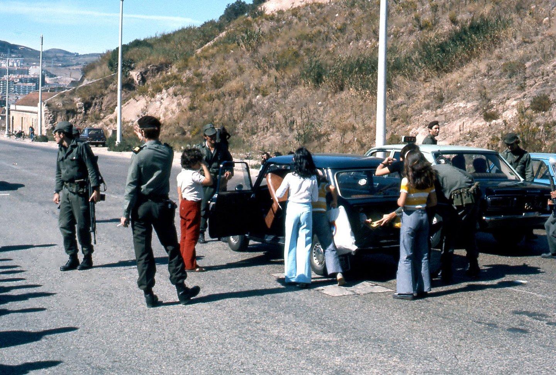 Revista de carros, Lisboa, 28 de Setembro de 1974
