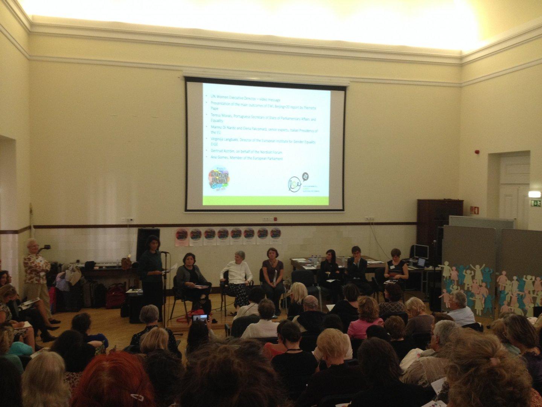 Teresa Morais fala na apresentação do relatório dos 20 anos da Conferência de Pequim elaborado pelo Lóbi Europeu das Mulheres