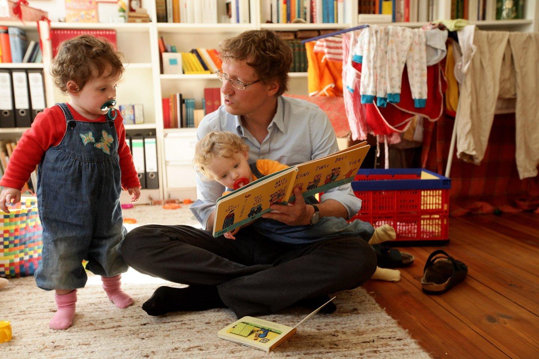 Politics Government Elternzeit Kinder children families Vaterzei,