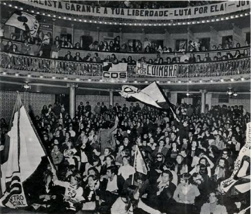Apesar de tudo, o São Luiz encheu com jovens centristas