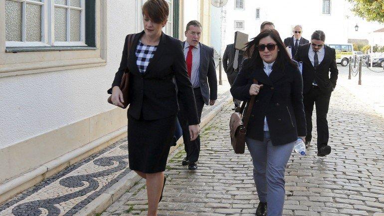 Polícia Inglesa em Faro para novas inquirições sobre o caso Maddie - Observador