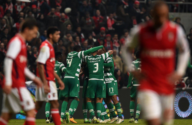 Junya Tanaka, o japonês com pé canhoto virado para os livres, marcou o golo da vitória do Sporting em Braga, na última jogada da partida. Foto: FRANCISCO LEONG/AFP/Getty Images