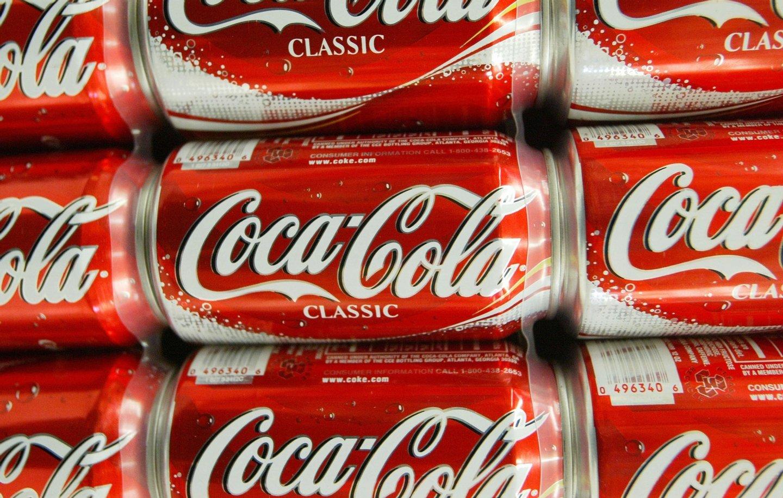 6, pack, soft, drink, soda, six, pack, shelf, coke, coca, cola, classic, cans, bottles,