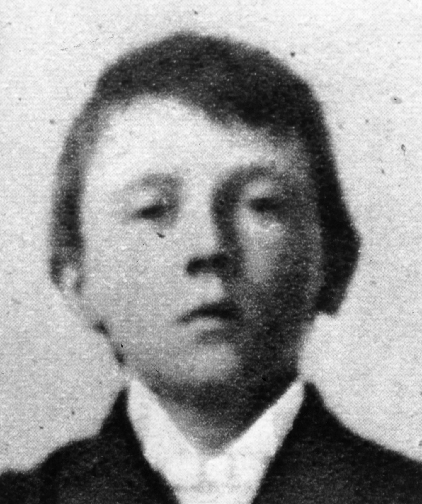 1899:  Austrian-born German dictator Adolf Hitler (1889 - 1945), as a ten year old boy.  (Photo by Hulton Archive/Getty Images)
