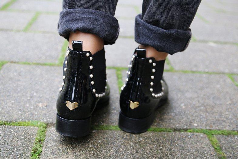 Lizzy van der Ligt botas Twin Set corações