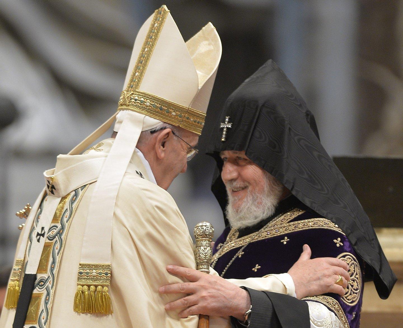 VATICAN-POPE-MASS-ARMENIA