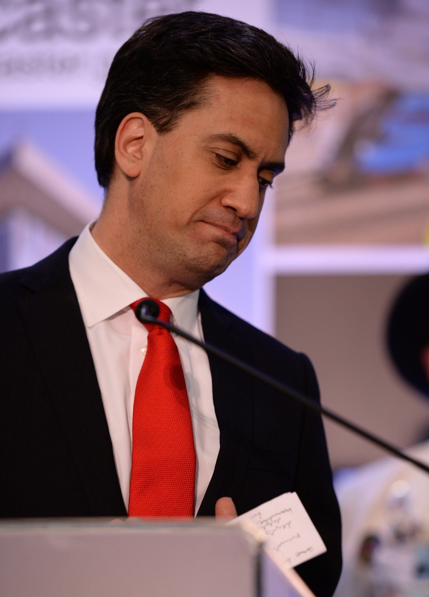 Ed Miliband é líder do Partido Trabalhista desde 2010. Depois do desaire destas eleições, demitiu-se. (OLI SCARFF/AFP/Getty Images)