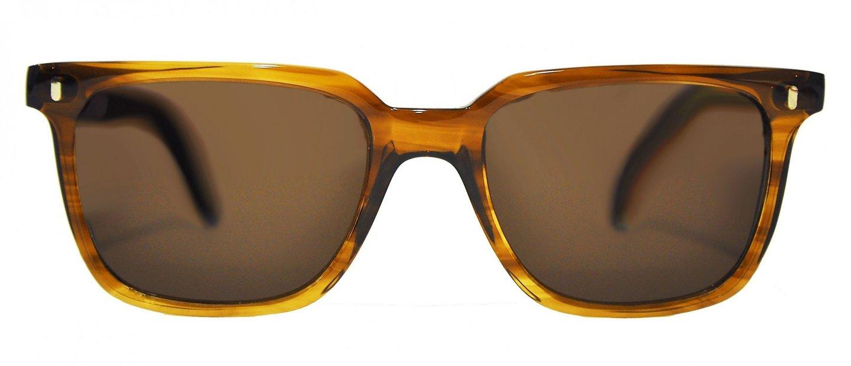 df07ee6df Fora: seja bem-vindo à marca de óculos de sol feitos em Portugal ...