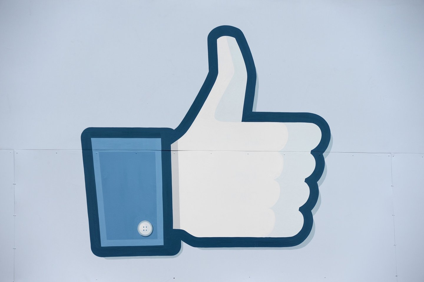 "A thumbs up or ""Like"" icon at the Facebook main campus in Menlo Park, California, May 15, 2012.  Facebook, the world's most popular internet social network, expects to raise USD $12.1 billion in what will be Silicon Valley's largest-ever initial public offering (IPO) later this week.   AFP PHOTO / ROBYN BECK        (Photo credit should read ROBYN BECK/AFP/Getty Images)"