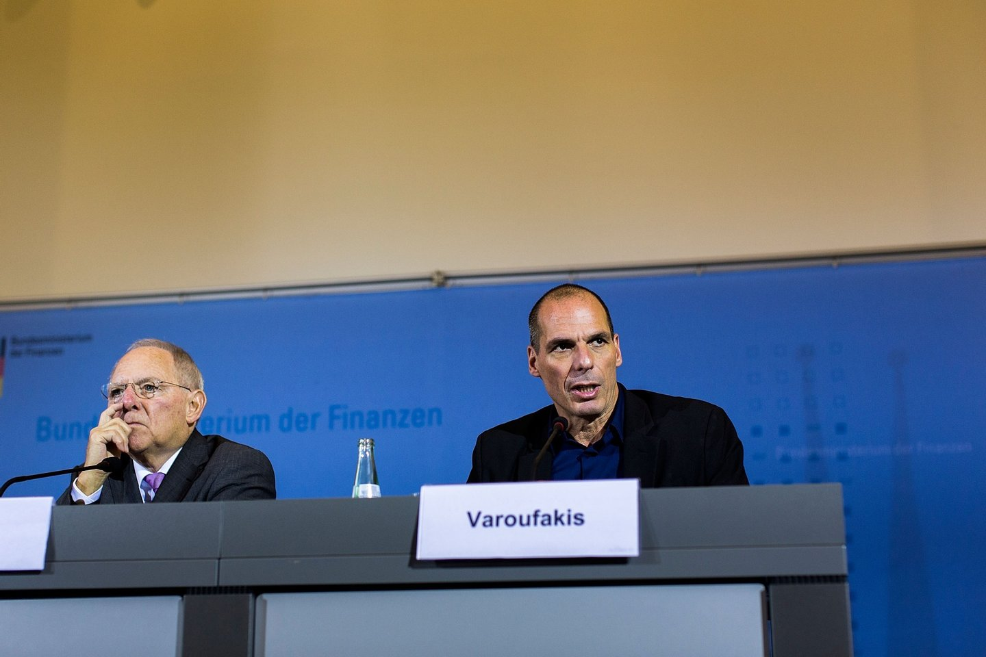 BERLIN, GERMANY - FEBRUARY 05:  New Greek Finance Minister Yanis Varoufakis (R) and German Finance Minister Wolfgang Schaeuble speak to the media following talks on February 5, 2015 in Berlin, Germany. Varoufakis is touring several European cities and yesterday met with Mario Draghi at the European Central Bank following announcements by the new Greek government to sharply alter its relationship with the troika of loan-giving entities.  (Photo by Carsten Koall/Getty Images)