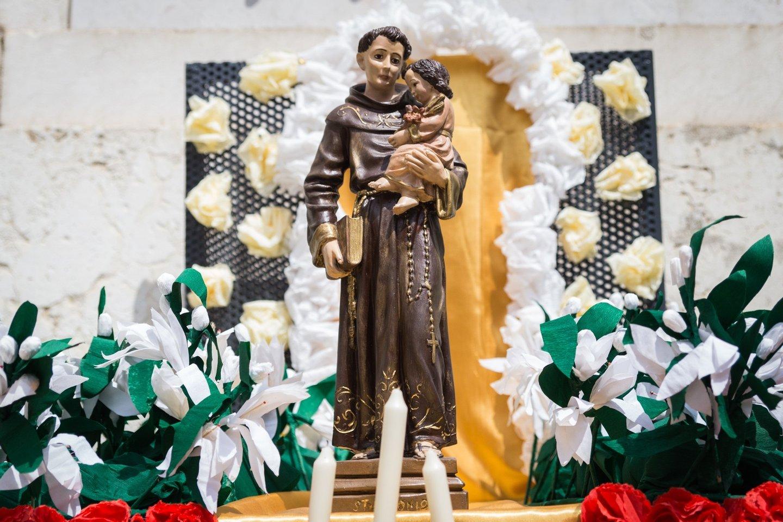 altares de santo antonio, festas de lisboa, santos populares,