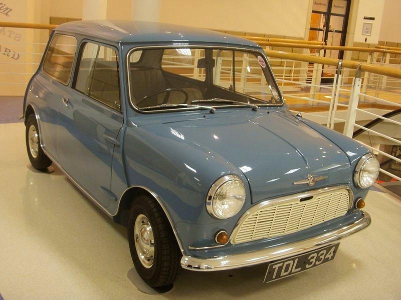 800px-1959_Morris_Mini-Minor_Heritage_Motor_Centre,_Gaydon