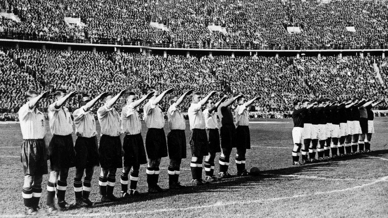 england-nazi-salute-against-germany_770x433_acf_cropped