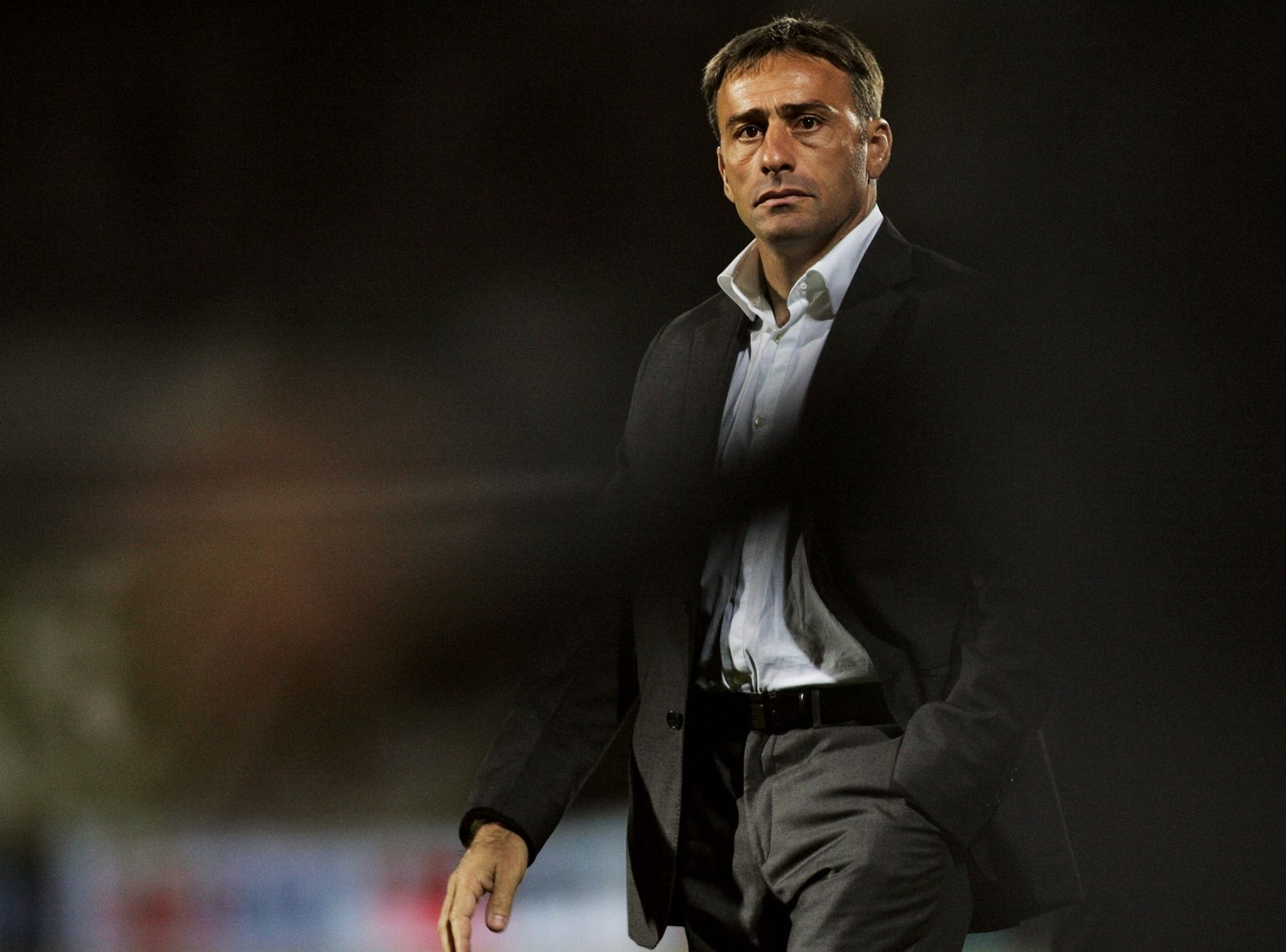 Sporting CP´s coach Paulo Bento is seen after their portuguese Super League football match against Deportivo Aves at the Aves Stadium in Vila das Aves 23 September 2006, in northern Portugal. Sporting won the match 0-2. AFP PHOTO/ MIGUEL RIOPA (Photo credit should read MIGUEL RIOPA/AFP/Getty Images)