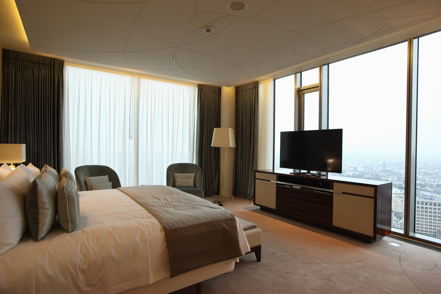 BERLIN, GERMANY - JANUARY 03: The bedroom of the Presidential suite is pictured during the opening of Germany's first Waldorf Astoria hotel on January 3, 2013 in Berlin, Germany. The luxury Waldorf Astoria Berlin with its 232 luxury guest rooms and suites on 32 storeys is located near the Kaiser Wilhelm Memorial Church (Kaiser-Wilhelm-Gedächtniskirche). (Photo by Andreas Rentz/Getty Images)