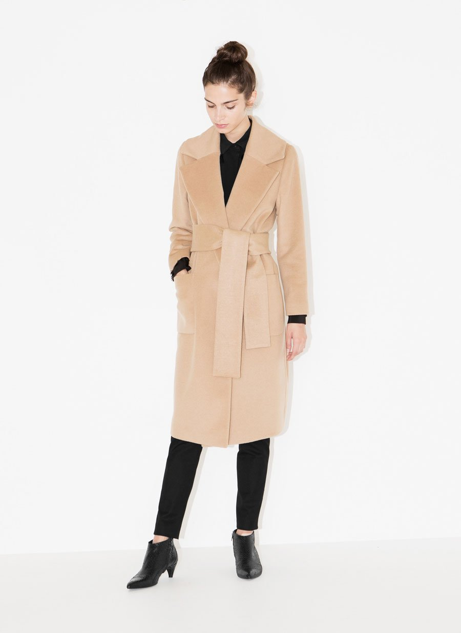 a6a276b0e7 Quer investir num bom casaco de inverno? Este não passa de moda – Observador