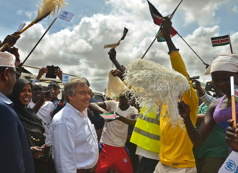 António Guterres no campo de refugiados de Dadaab, no Sudão do Sul, onde viviam em maio de 2015 cerca 350 mil pessoas.