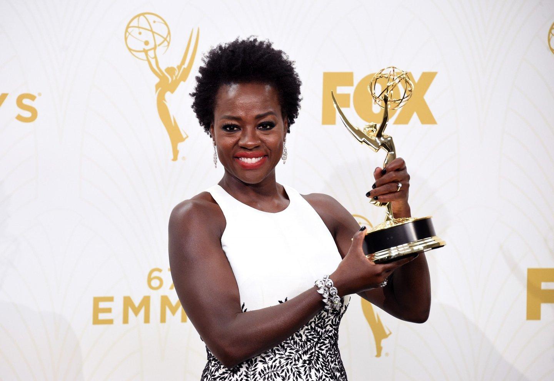 Viola Davis recebe o Emmy para melhor actriz, Los Angeles, 20 de Setembro de 2015