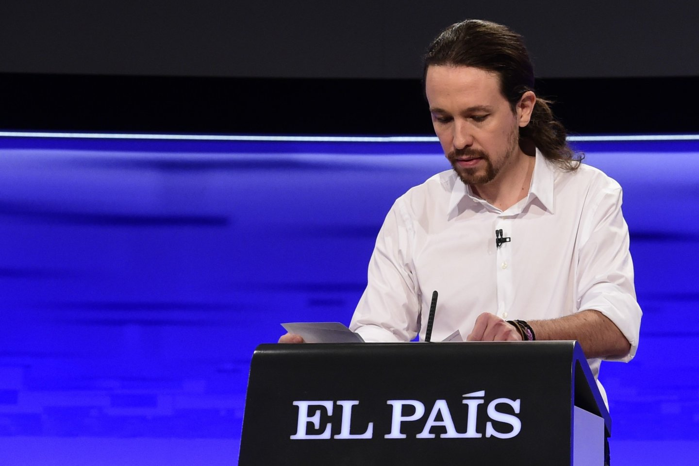 Leader of left wing party Podemos Pablo Iglesias waits for the start of a debate organized by Spanish newspaper El Pais at the F4 Studios at Boadilla del Monte, near Madrid ahead of the Spanish general elections held on December 20, on November 30, 2015. AFP PHOTO/ JAVIER SORIANO / AFP / JAVIER SORIANO (Photo credit should read JAVIER SORIANO/AFP/Getty Images)