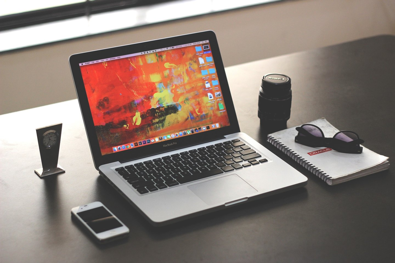 laptop-1035345_1920