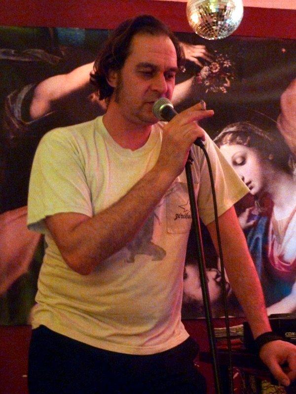 Tiago Gomes o poeta das palavras ditas na Sagrada Família