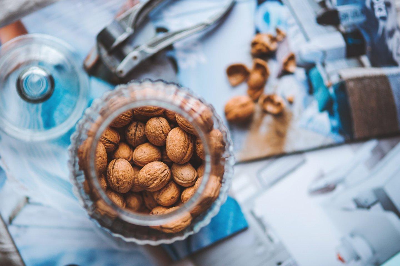 walnuts-in-the-jar