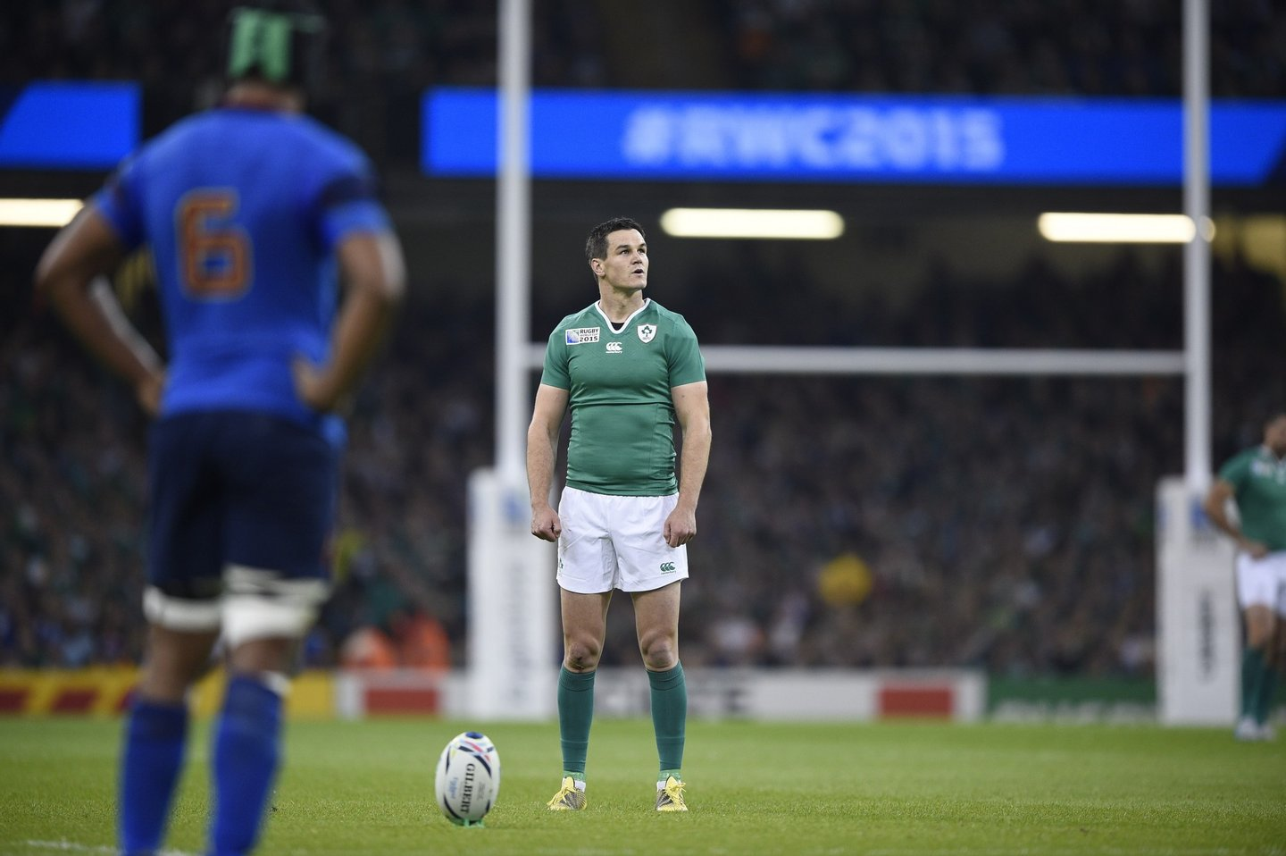 Ireland's fly half Jonathan Sexton prepares to kick a penalty during the Pool D match of the 2015 Rugby World Cup between France and Ireland at the Millennium Stadium in Cardiff, south Wales, on October 11, 2015. AFP PHOTO / DAMIEN MEYER RESTRICTED TO EDITORIAL USE, NO USE IN LIVE MATCH TRACKING SERVICES, TO BE USED AS NON-SEQUENTIAL STILLS (Photo credit should read DAMIEN MEYER/AFP/Getty Images)