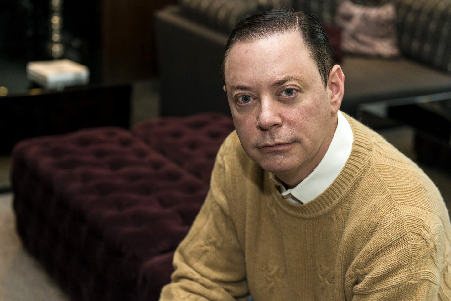andrew solomon Andrew solomon (born october 30, 1963) is a writer on politics, culture and psychology, who lives in new york city and londonhe has written for the new york times, the new yorker, artforum, travel and leisure, and other publications on a range of subjects, including depression, soviet artists, the cultural rebirth of afghanistan, libyan politics, and deaf politics.