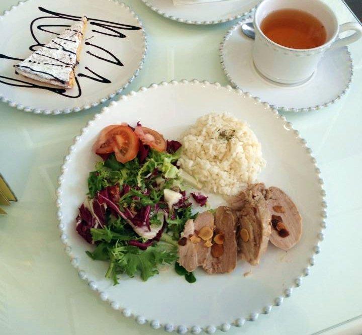 amarelo torrada Lombinhos de porco com amêndoa torrada Chá de bagas de goji 2