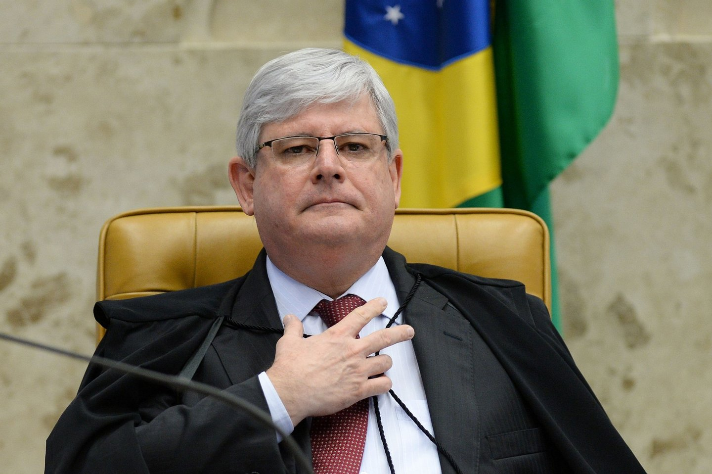 Brazil's Attorney General Rodrigo Janot, during a session of the Federal Supreme Court (STF) in Brasilia on April 20, 2016. Brazil's Supreme Court on Wednesday postponed a decision on whether to authorize the controversial appointment of former leader Luiz Inacio Lula da Silva to the embattled government of his protegee, President Dilma Rousseff. / AFP / ANDRESSA ANHOLETE (Photo credit should read ANDRESSA ANHOLETE/AFP/Getty Images)