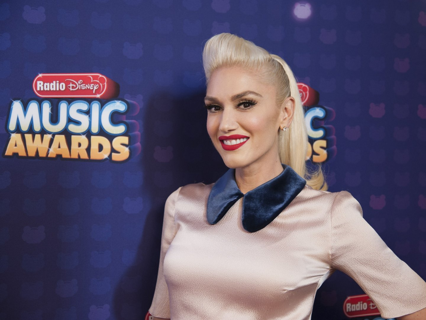 """DISNEY CHANNEL PRESENTS THE RADIO DISNEY MUSIC AWARDS - Entertainment's brightest young stars turned out for the 2016 Radio Disney Music Awards (RDMA), music's biggest event for families, at Microsoft Theater in Los Angeles on Saturday, April 30. """"Disney Channel Presents the 2016 Radio Disney Music Awards"""" airs Sunday, May 1 (7:00 p.m. EDT). (Image Group LA /Disney Channel) GWEN STEFANI"""