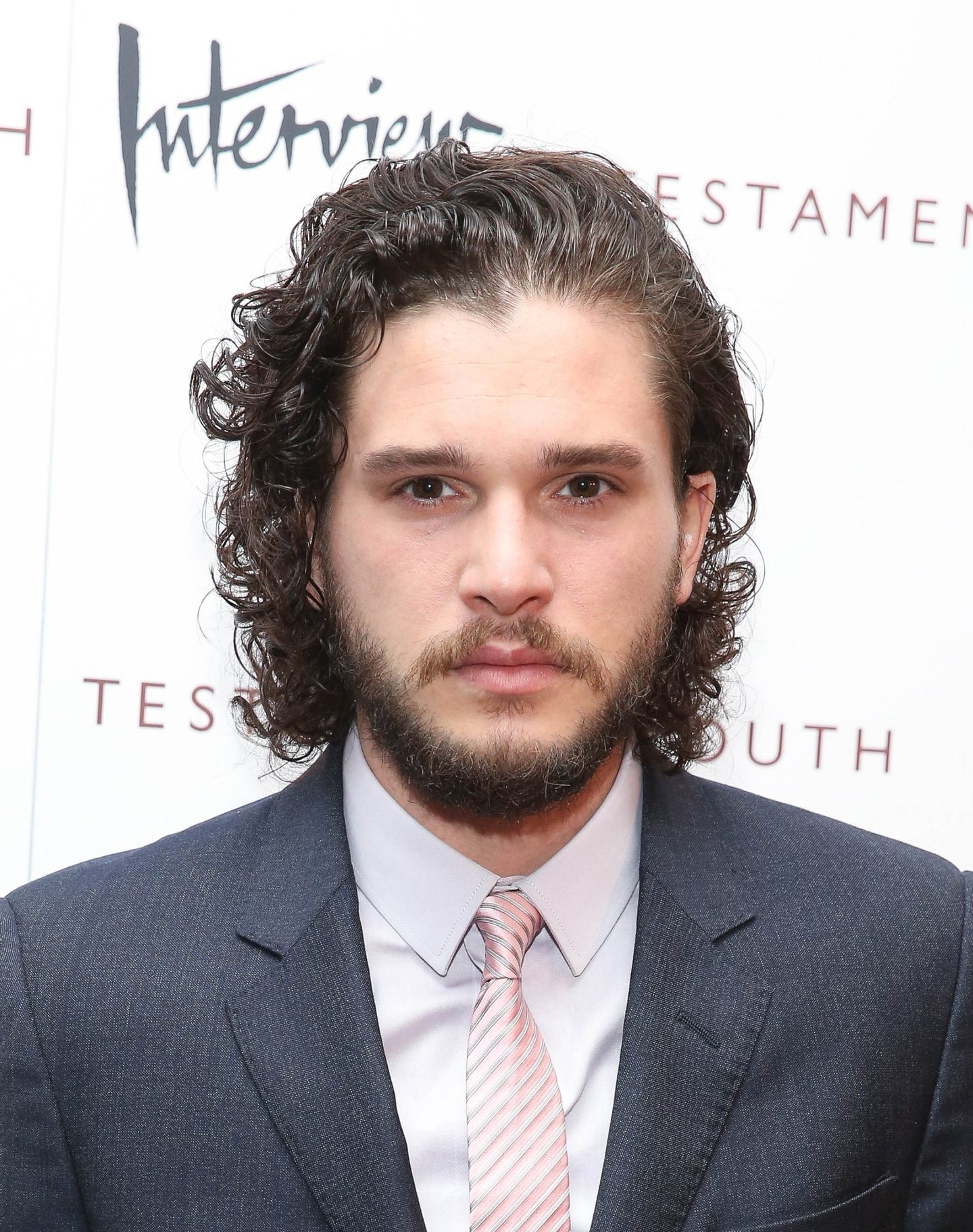 "NEW YORK, NY - JUNE 02: Kit Harington attends ""Testament Of Youth"" New York premiere at Chelsea Bow Tie Cinemas on June 2, 2015 in New York City. (Photo by Rob Kim/Getty Images)"