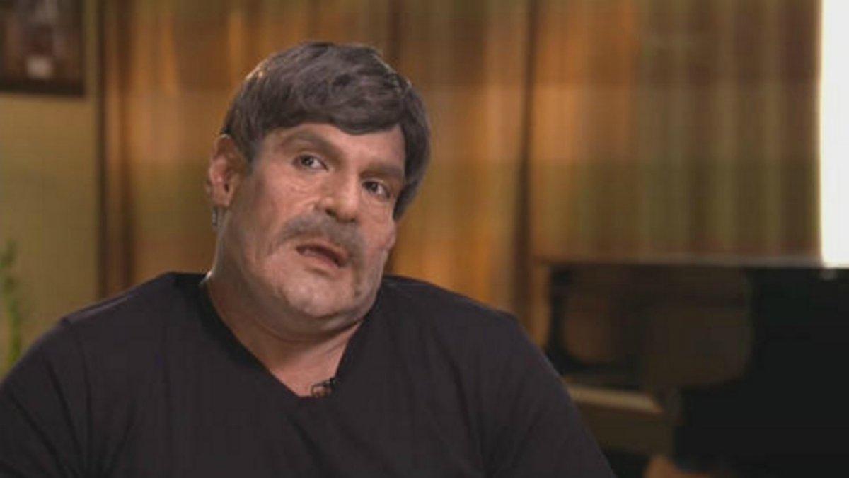 """""""Miguel"""" foi entrevistado sob um nome falso e utilizando um disfarce, para não ser reconhecido"""