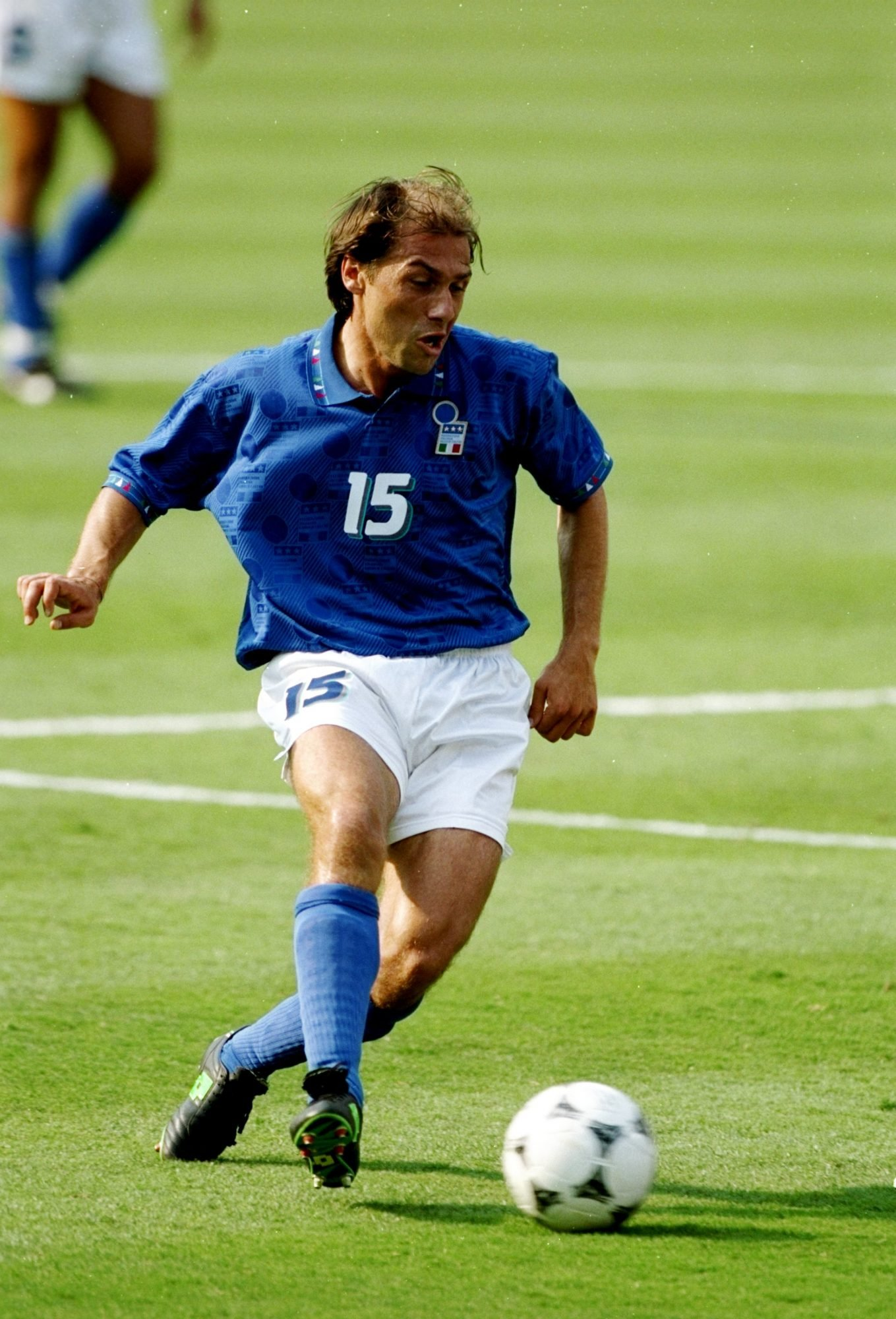 13 Jul 1994: Antonio Conte of Italy in action during the World Cup semi-final against Bulgaria at the Giants Stadium in New York. Italy won the match 2-1. Mandatory Credit: Mike Hewitt/Allsport