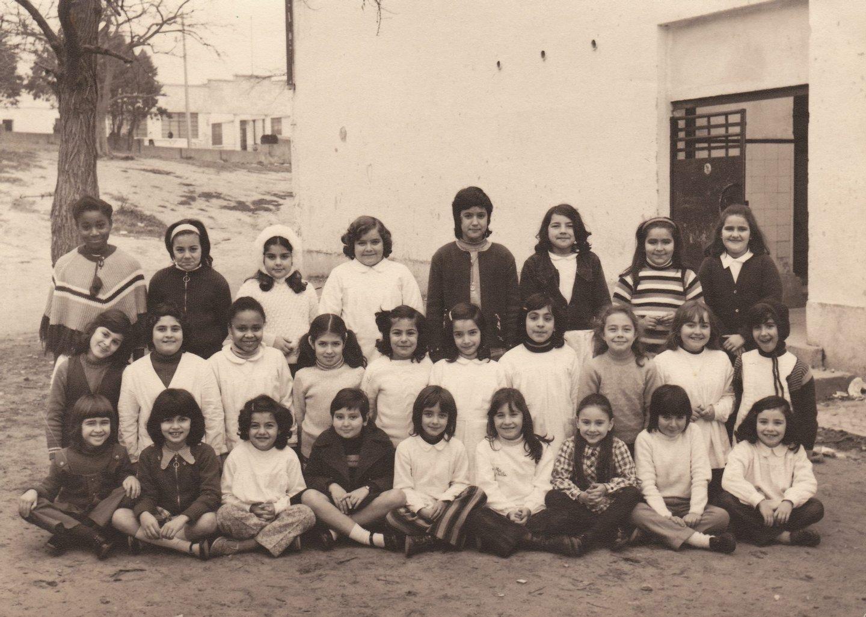 Antes do 25 de Abril andou numa escola só de meninas