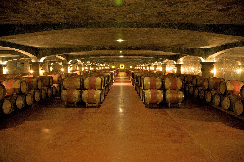 Barrel cellar of Chateau Smith Haut Lafitte, Graves region, Bordeaux, France