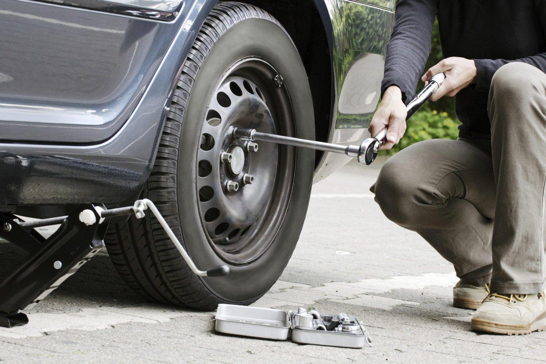 7-pneu furado