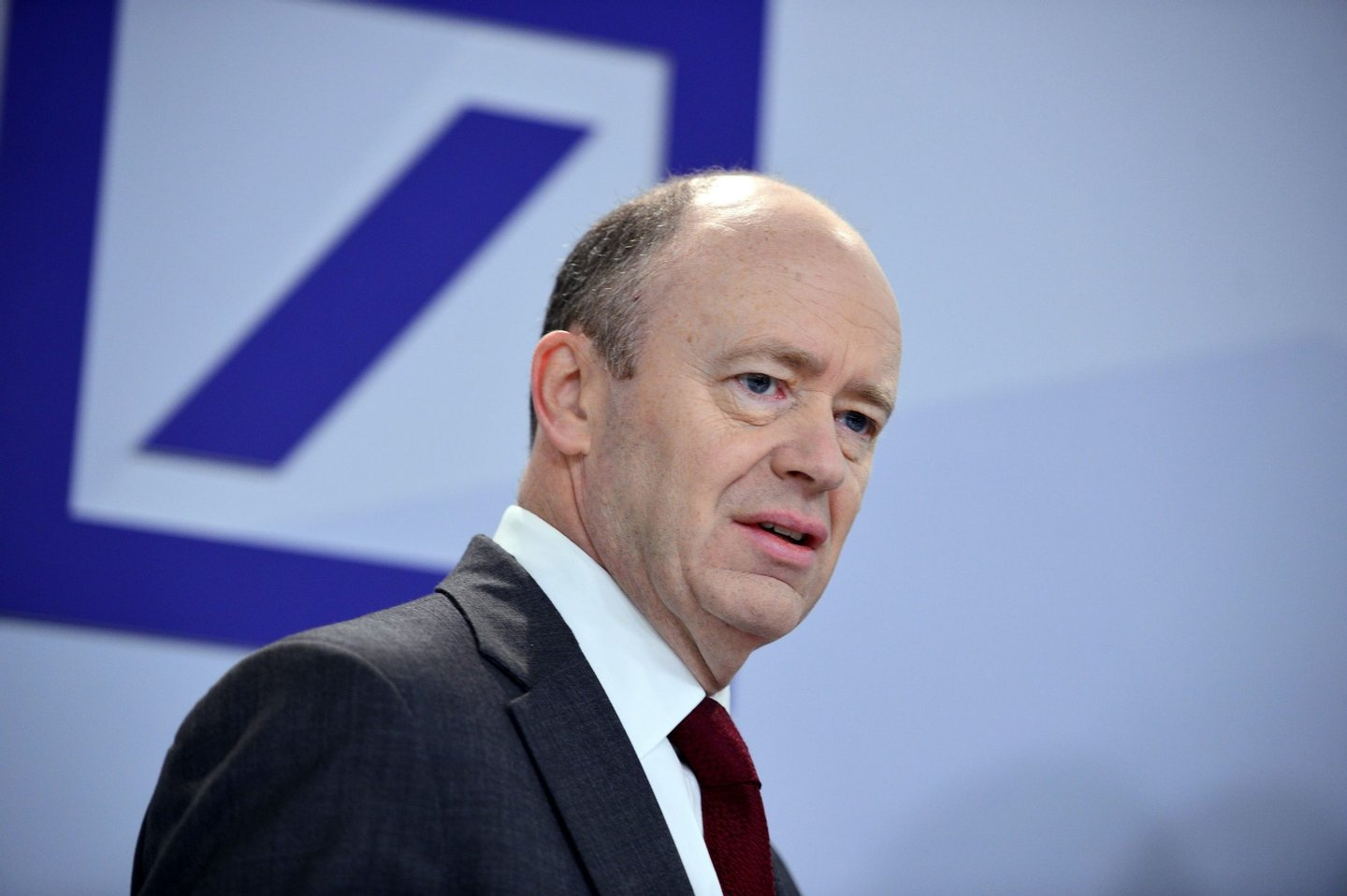 FRANKFURT AM MAIN, GERMANY - OCTOBER 29: Deutsche Bank co-Chairman John Cryan arrives to speak to the media at Deutsche Bank headquarters on October 29, 2015 in Frankfurt, Germany. This is Cryan's first press conference since he replaced former co-Chairman Anshu Jain earlier this year. (Photo by Thomas Lohnes/Getty Images)