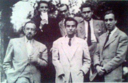 Grupo Surrealista de Lisboa, na fase em que O´Neill colecionava ossos