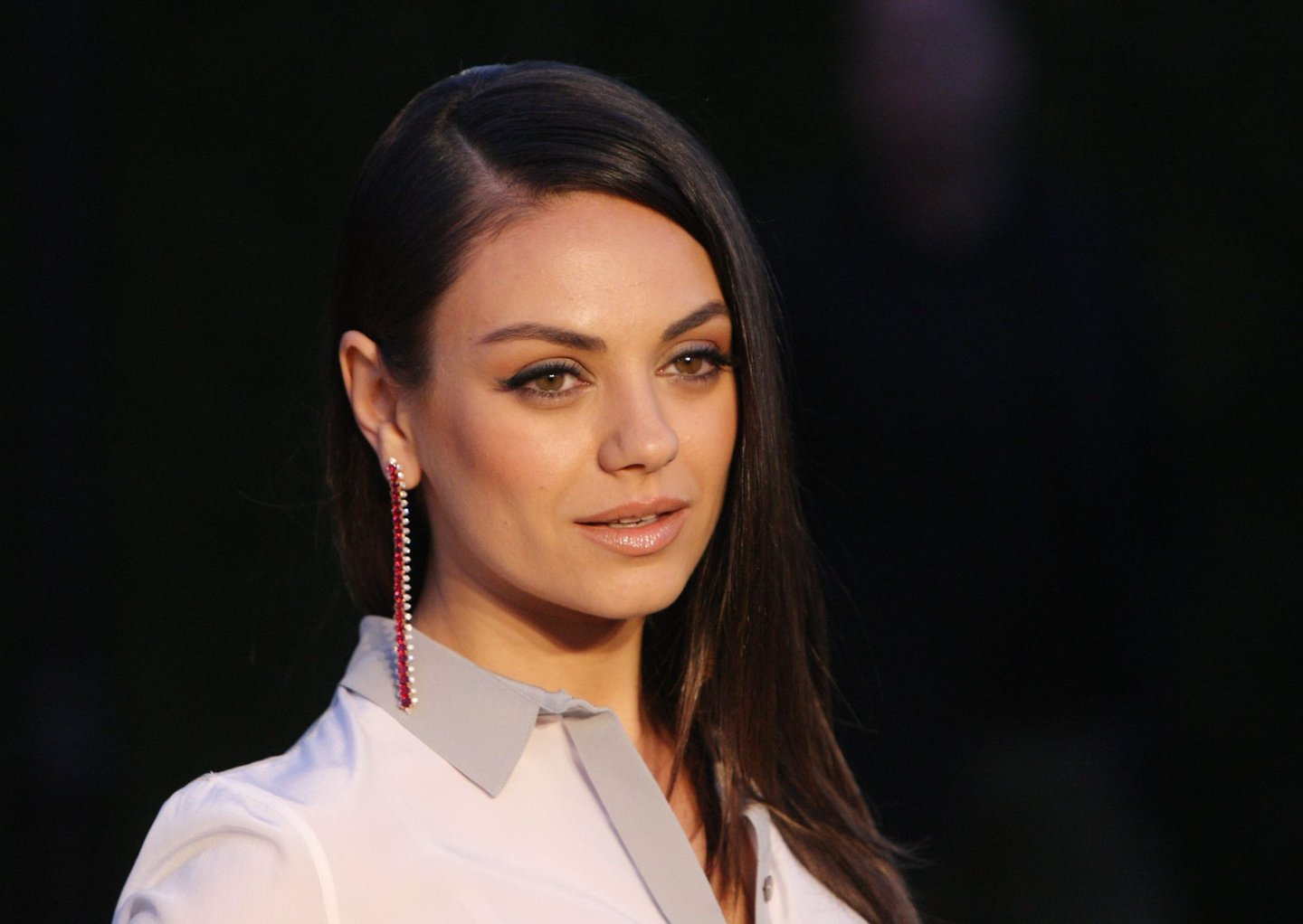 """LOS ANGELES, CA - APRIL 16: Actress Mila Kunis attends the Burberry """"London in Los Angeles"""" event at Griffith Observatory on April 16, 2015 in Los Angeles, California. (Photo by David Buchan/Getty Images)"""