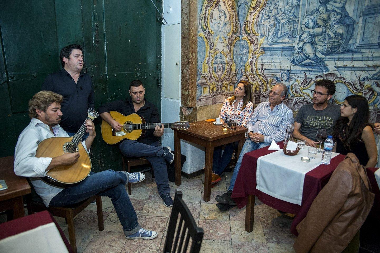 Helder Mountinho, fado, fadista, musica, lisboa, 2016, casa de fados,