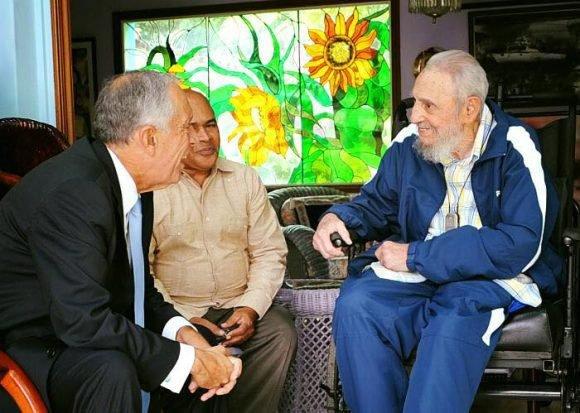 Fidel Castro meets with Portuguese President