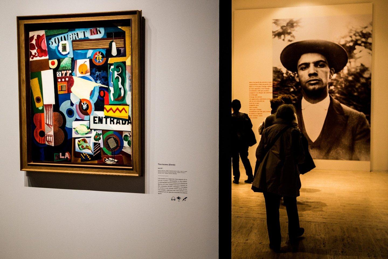 Amadeo de Souza-Cardoso foi um pintor português. Pertencente à primeira geração de pintores modernistas portugueses.