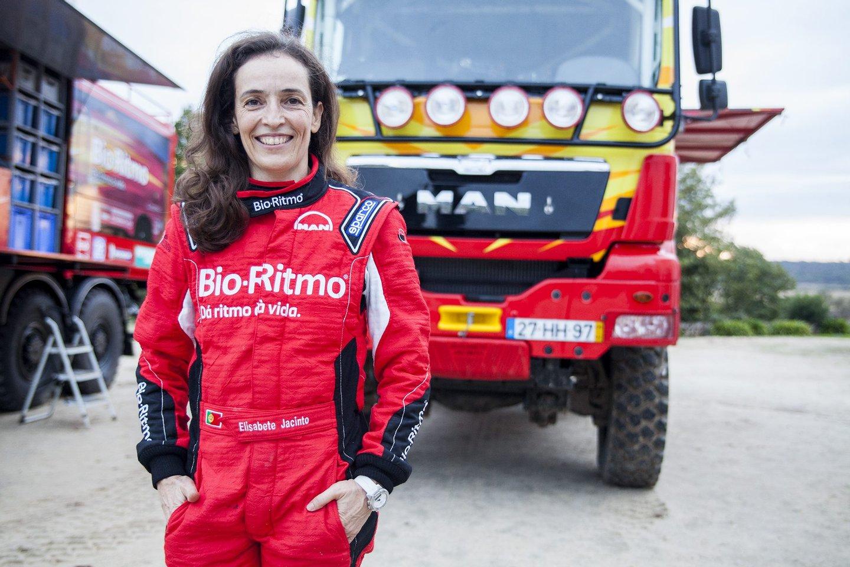 Elisabete Jacinto, rally, desporto, 2016, piloto portuguesa de todo-terreno, piloto, todo-terreno, dakar,