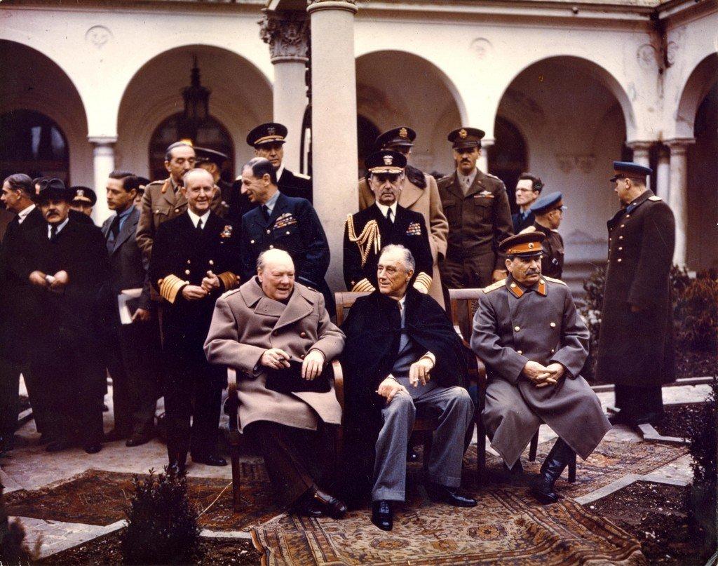 Yalta_Conference_1945_Churchill,_Stalin,_Roosevelt