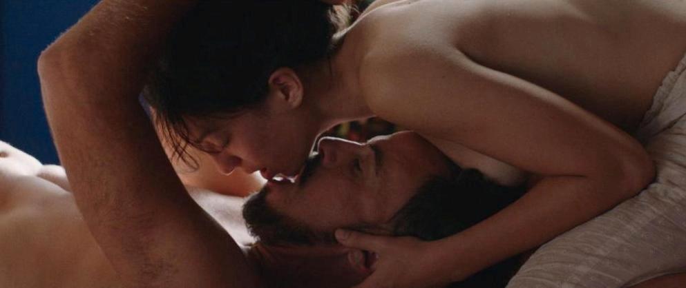 A história sensual e trágica de Ramiro e Maria Adelaide é interpretada por Ivo Canelas e Catarina Luís